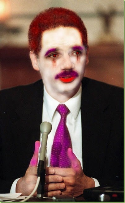 holder_clown