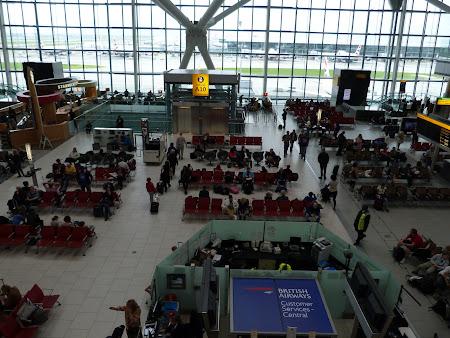 Imagini din Terminalul 5 din aeroportul Londra Heathrow