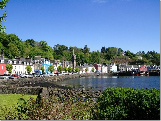 Tobermory town