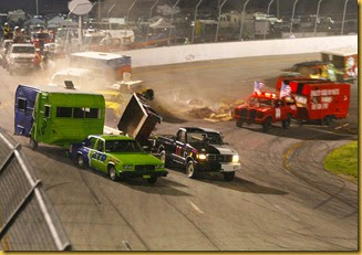 Figure-8 Trailer Race-2012 - Copy
