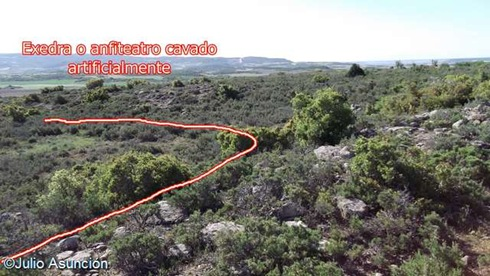 Exedra o anfiteatro de posible carácter ritual en las cercanías del castro de Turbil - Beire