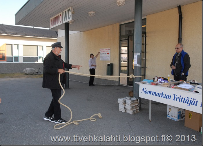 markkinakuvia 2013 yhtäköyttä 011