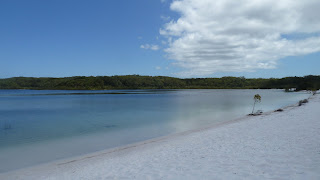 Lake McKenzie, Fraser Island.