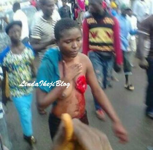 torture cut off Women breast