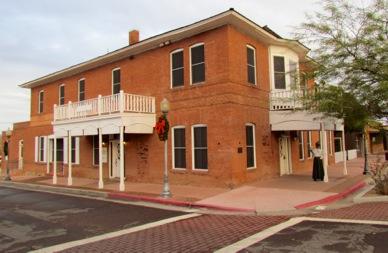 DesertCaballerosMuseum%252526Scenesaroundtown-2-2012-12-29-08-50.jpg