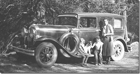 1931_Buick_4_Door_Sedan-nov17