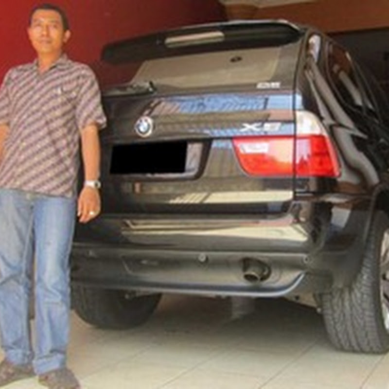 BMW X5 Jeep tahun 2005