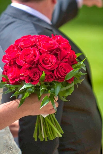 Red Rose Wedding Flowers 10