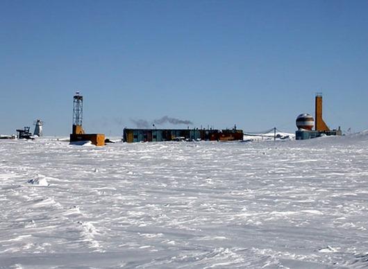 Vostok-Base_Antarctica_RI1ANC