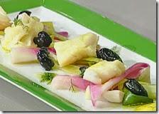 Insalata di piscistoccu con cipollotti di Tropea e olive infornate