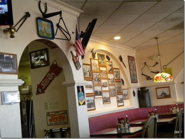 02-03-2014 A Yuma Landing Restaurant Area (2)