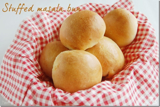 Stuffed masala bun pic3