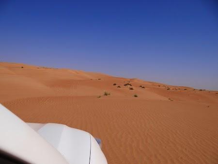 27. Cu masina in desert.JPG