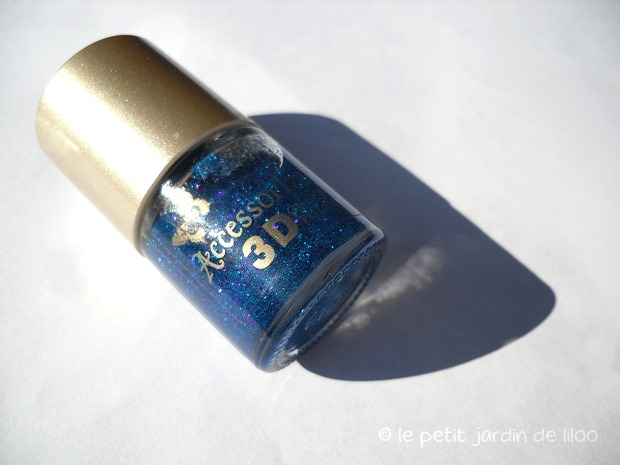 01-accessorize-dream-3d-nail-polish-swatch-review