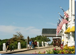 3324 Michigan Mackinac Island - Carriage Tours - Grand Hotel