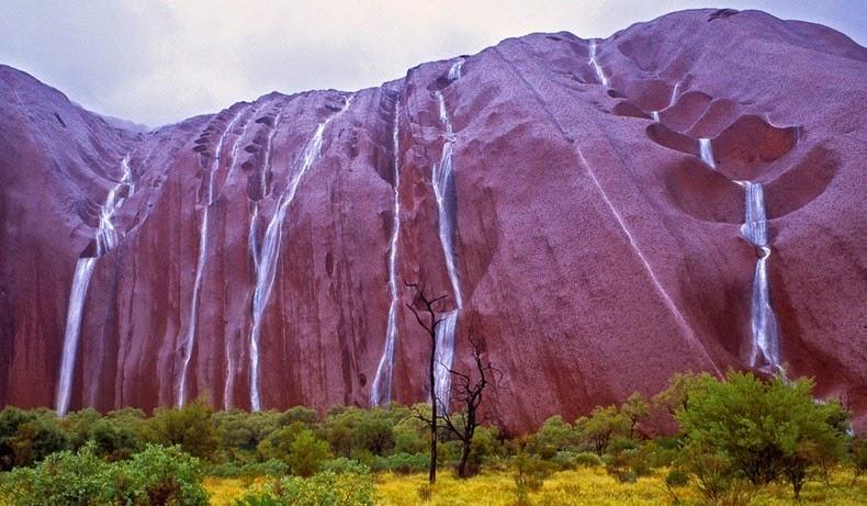 uluru-waterfalls-1