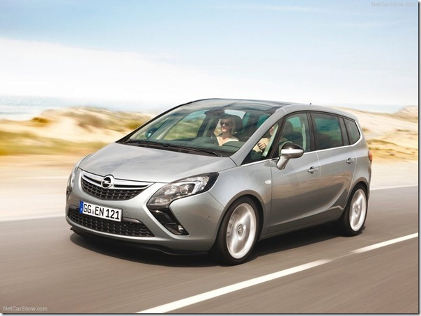 Opel-Zafira_Tourer_2012_800x600_wallpaper_05