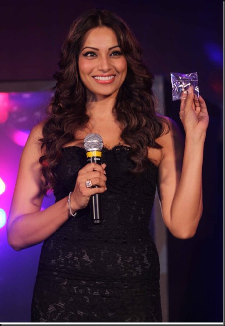 Bipasha-Basu-Speaks-about-Aatma-Movie-First-Trailer-Launch-Pictures-1