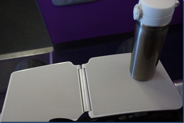 非常小的桌子