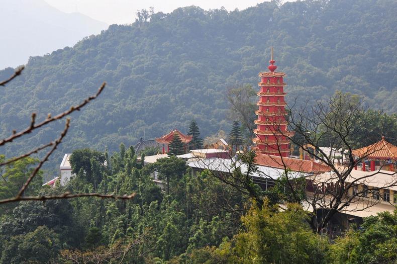 10000-buddhas-monastery-11