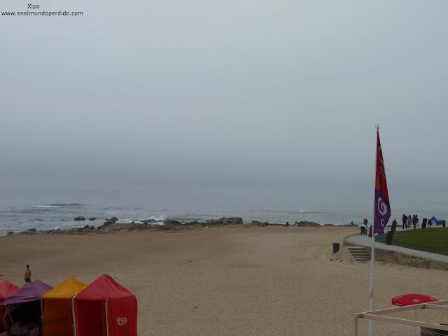 praia-so-molhe-en-oporto.JPG