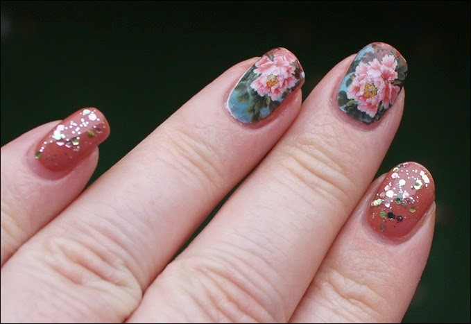 Flowers Blossoms Nail Art Nageldesign Water Decals Blumen Glitzer 04