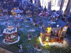 2014.12.07-005 village animé