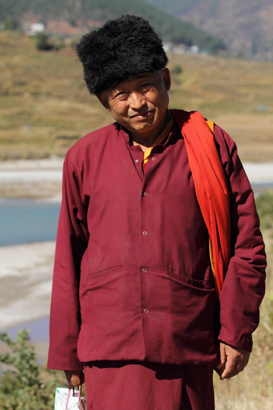 Bhutanese man met on the trek from Punakha to Wangdi, Bhutan