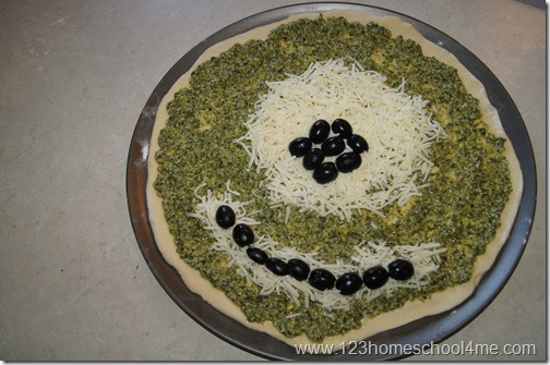 Monsters Inc Inspired Food - Mike Wazowski Pesto Pizza Recipe #recipes #disney