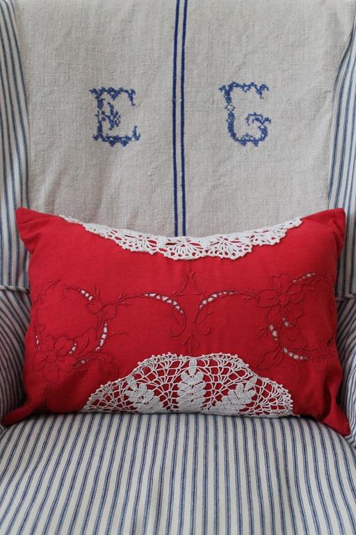 pillow 004