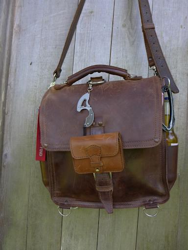 leatherwerk belt pouch modification