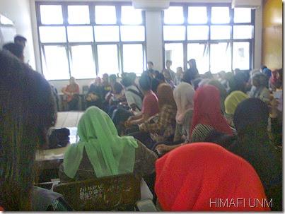 Rapat pembahasan inaugurasi 2013 mahasiswa fisika unm