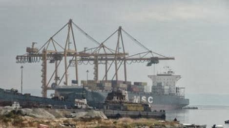 Διαρροή τοξικών υλικών της Ελληνικός Χρυσός στο λιμάνι της Θεσσαλονίκης