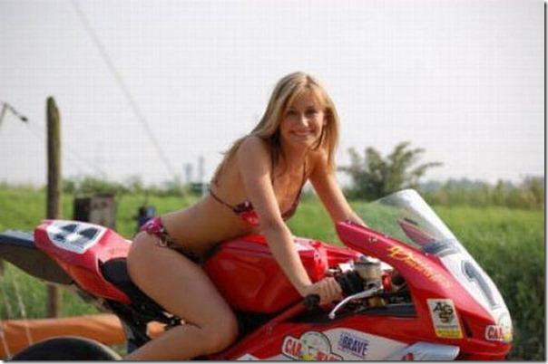 Mulheres e motos (25)