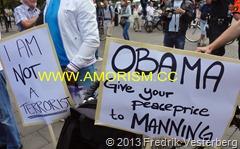DSC08998.JPG Obama Demonstration för yttrandefrihet Bradley Manning. Med amorism