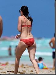 mark-wahlberg-wife-rhea-durham-bikini-0409--11-675x900