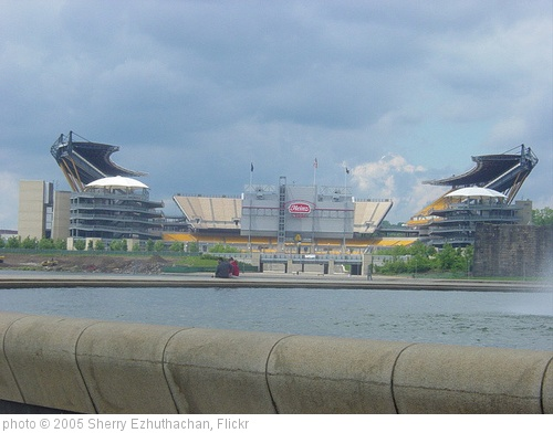 'Pittsburgh - Stadium' photo (c) 2005, Sherry Ezhuthachan - license: http://creativecommons.org/licenses/by-nd/2.0/