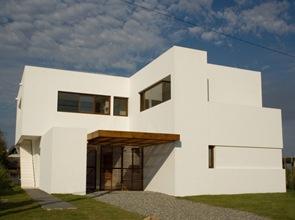 Casa minimalista estudio volpe sardin uruguay arquitexs for Casa minimalista uy