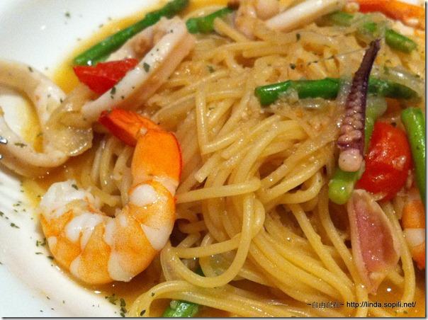 明曜店-義磚義瓦-蘆筍海鮮義大利麵