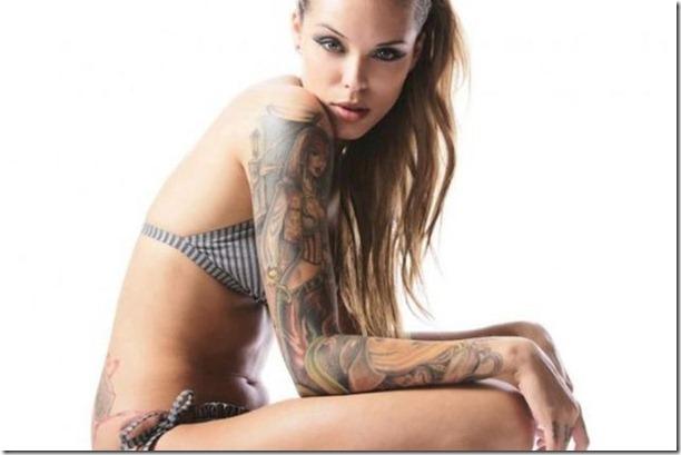 hot-tattoos-women-32