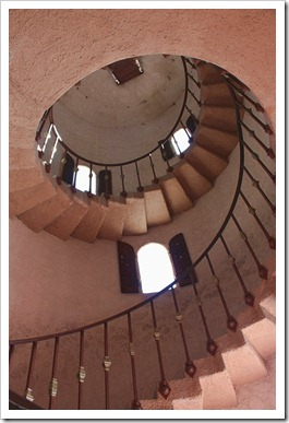 090407_ScottysCastleStaircase