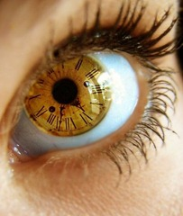 photo-clock-eye