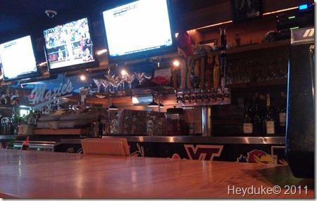 Maxie's Pub