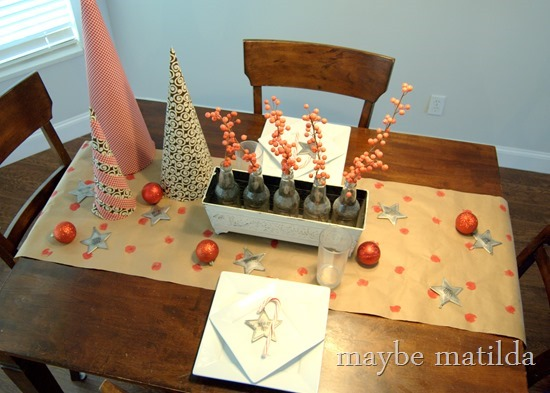 Simple Rustic Christmas Table Setting