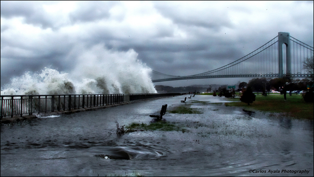 A striking image of Verrazano Bridge in Brooklyn as Hurricane Sandy approaches on 29 October 2012. Photo: Carlos Ayala