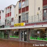 Drie winkels aan Raadhuislaan Oude Pekela dicht - Foto's Simon Koster