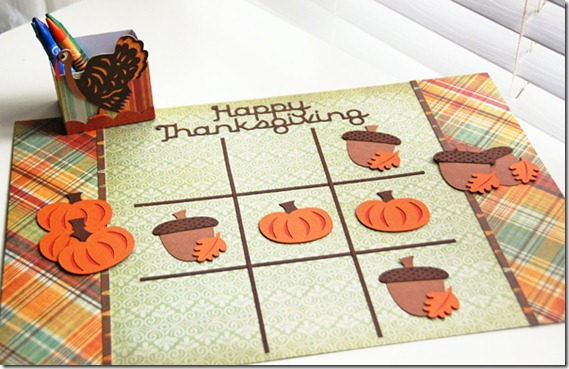Thanksgiving kids table decorating and activity ideas--tic tac toe place mat with pumpkins and acorns