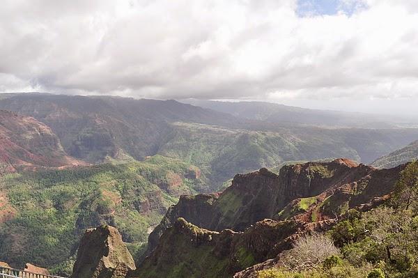 可愛島的峽谷