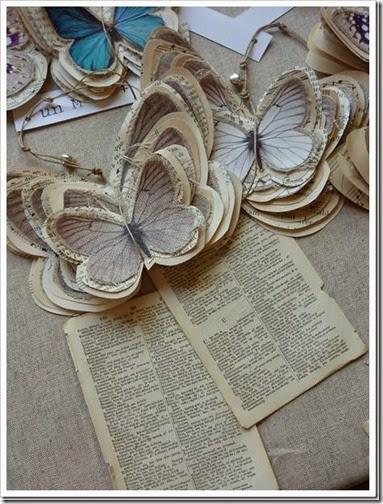 lazos y flores con papel periodico (1)