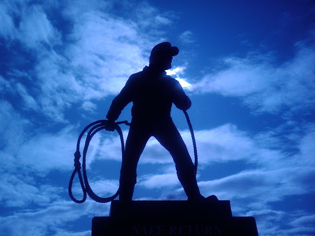 June 2010 - 1st Place / Fishermans Memorial Statue / Photo Credit: Kris Boudreau